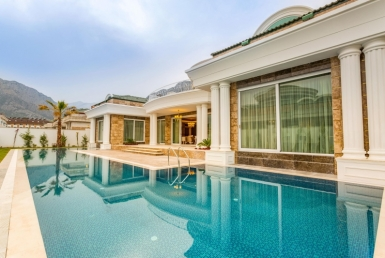 Superlux Villa in Kemer 1