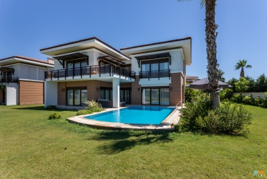 Spacious Duplex Villa in Antalya