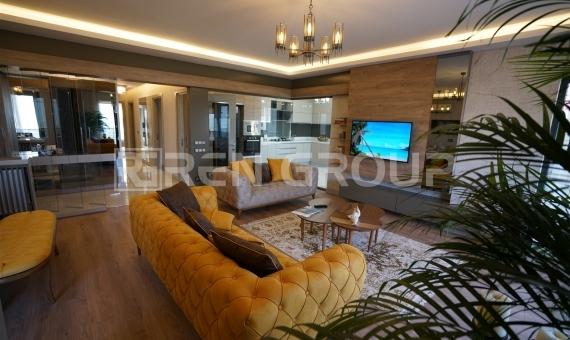 آپارتمان 4 خوابه دوبلکس در بام آنتالیا