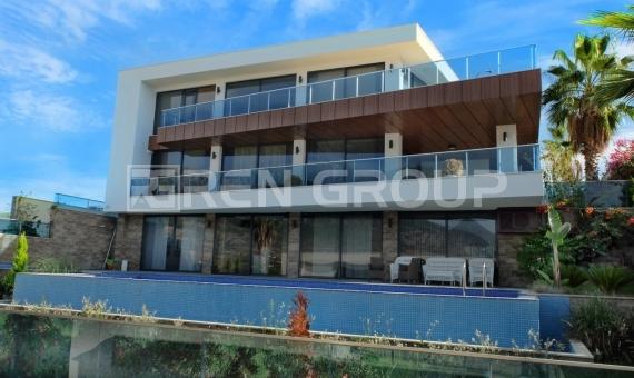 Luxury Villa for sale