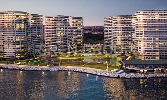 Seafront Apartments in Istanbul